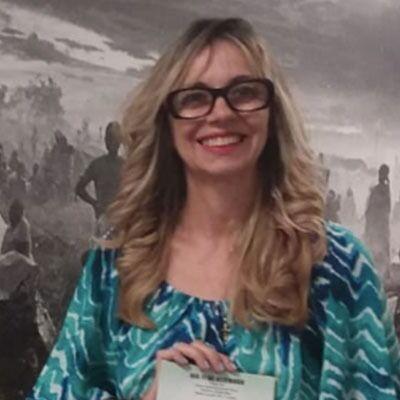 Dra. Eliane Nunes